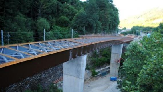Viaducto para la variante de Subijana-Morillas