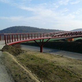Pasarela para la vía verde de Otazu